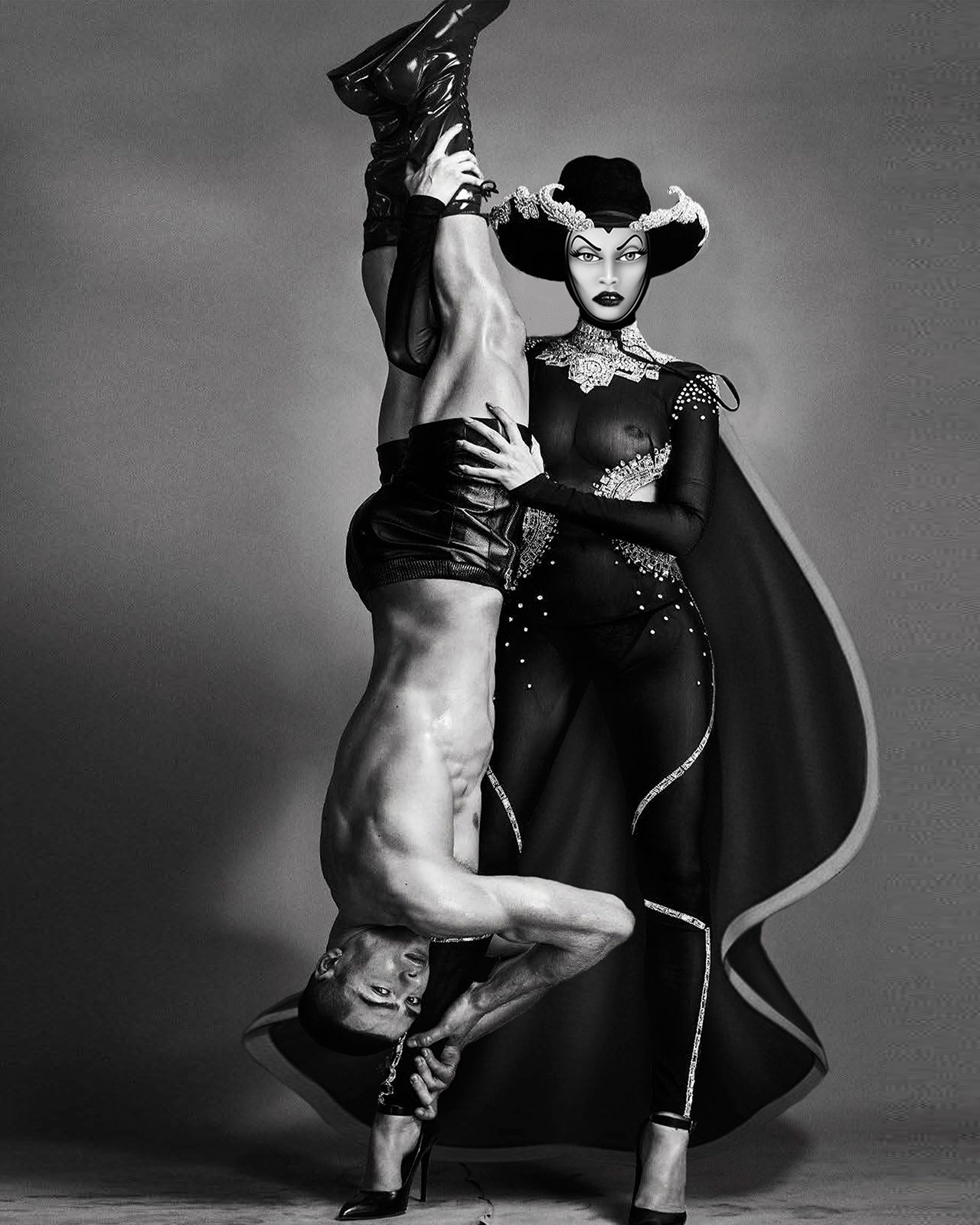f8_animation_in_reality_by_gregory_masouras_lara_stone_as_evil_queen_in_philipp_plein_cover_august_2016_vogue_italia_photographed_by_steven_klein_yatzer