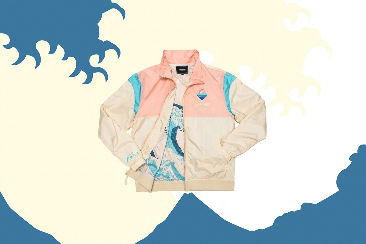 pink-dolphin-brooks-regent-2-1200x800