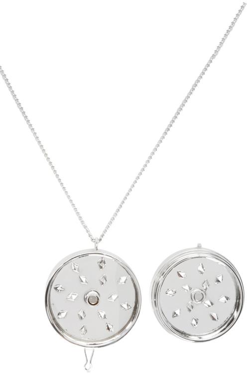 vetements-grinder-necklace-02