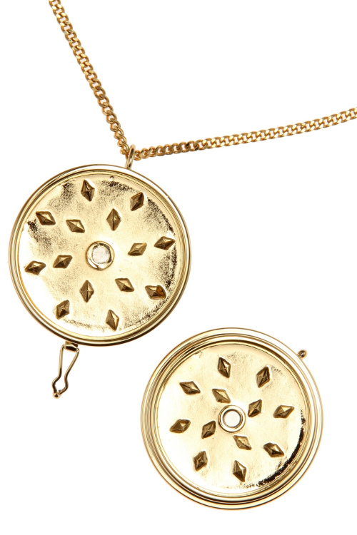 vetements-grinder-necklace-04