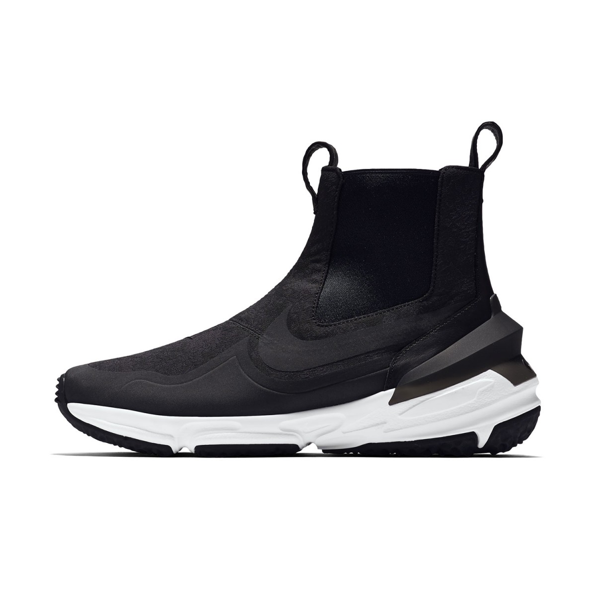 nikelab-air-zoom-legend-riccardo-tisci-3-1200x1200