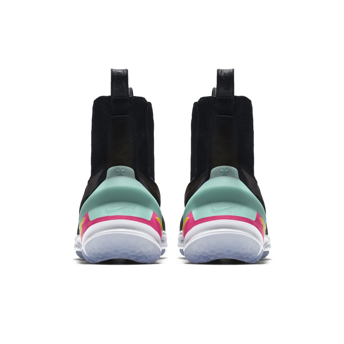 nikelab-air-zoom-legend-riccardo-tisci-6-1200x1200