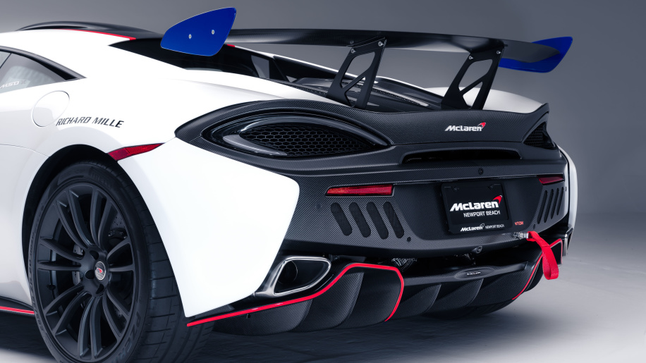 mclaren-mso-x-08-anniversary-white-red-and-blue-accents-07-1