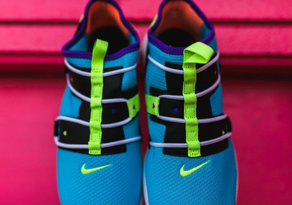 nike-vortak-lifestyle-shoe-2